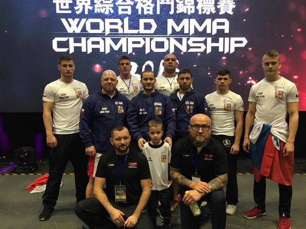 Česká výprava na mistrovství světa MMA v čínském Macau.