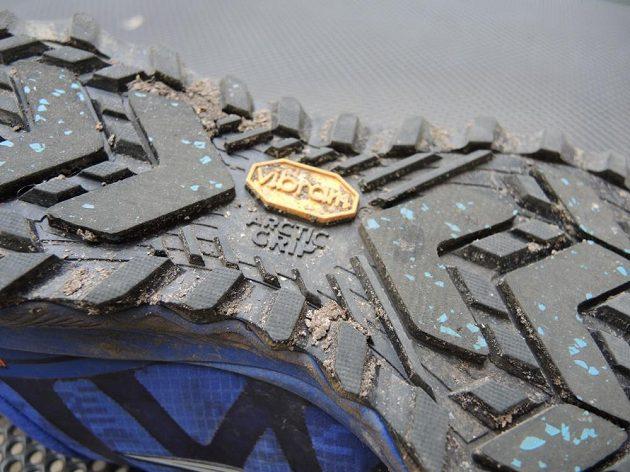 Běžecké boty Saucony Peregrine 7 Arctic - Vibram Arctic Grip.