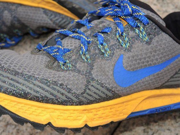 Boty Nike Air Zoom Wildhorse 3: V těchto místech (vnější ohyb špičky) zpravidla odchází svršek boty nejdříve. Tady není po opotřebení ani stopa.