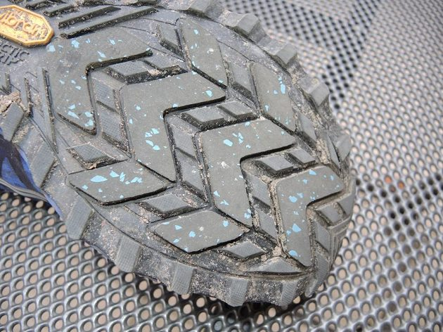 Běžecké boty Saucony Peregrine 7 Arctic - detail protiskluzové podrážky.