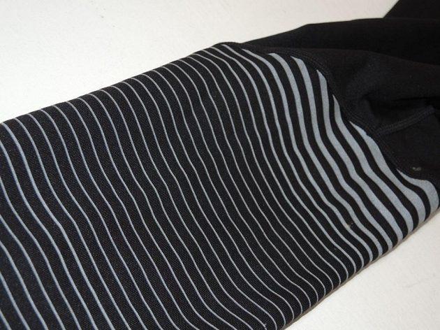 Kalhoty Saucony Reflex Tight - 360° reflexe od kolen dolů.