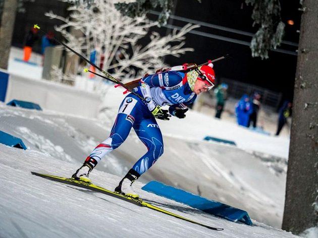 Veronika Vítková na trati sprintu v Östersundu.