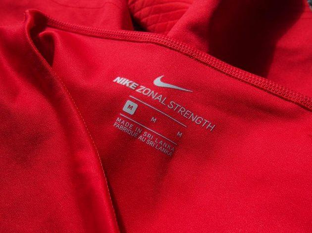 Nike Zonal Strenght Tights: Zvolte raději o číslo větší.