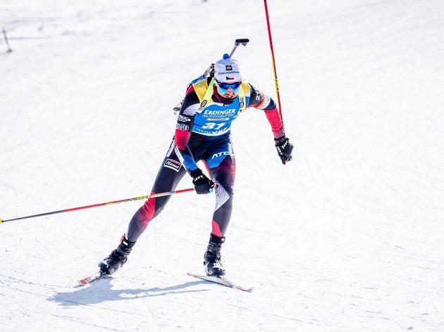 Životní výsledek v podobě dvanáctého místa zajel český biatlonista Tomáš Krupčík ve zkráceném vytrvalostním závodě v kanadském Canmore.