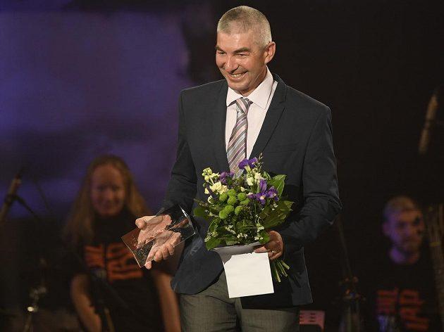 Tomáš Holubec převzal ocenění za vítězství v anketě o nejlepšího českého biatlonistu sezony 2018/19 v kategorii Trenér roku
