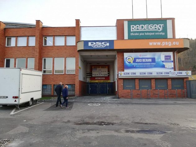 Zlínský zimní stadion Luďka Čajky.