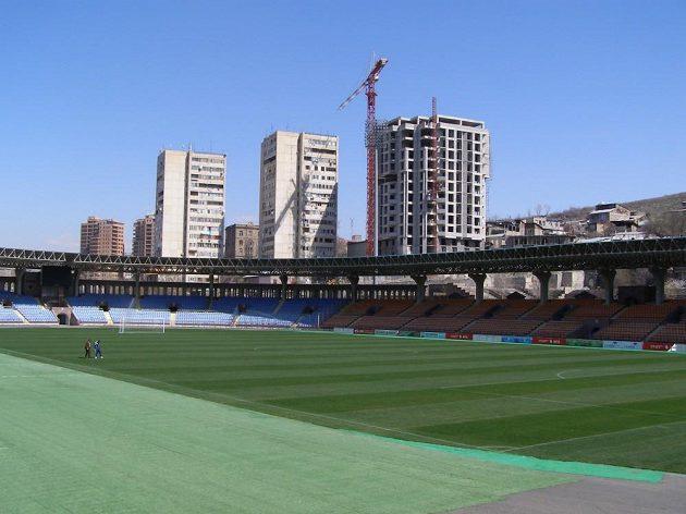 Stadión republiky v Jerevanu, kde se bude hrát úterní kvalifikační utkání Arménie - Česko.