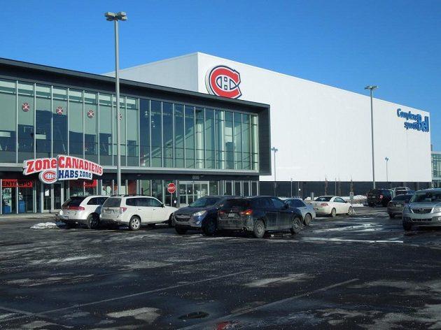 Tréninková hala hokejistů Montrealu Canadiens.