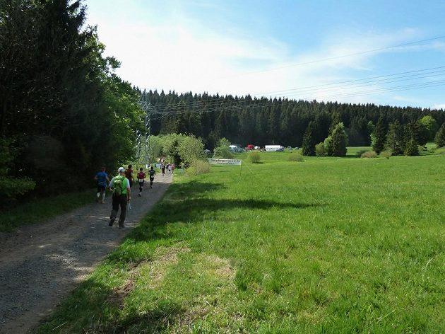GutsMuths – Rennsteiglauf: Dobře zásobovaná občerstvovací stanice se blíží