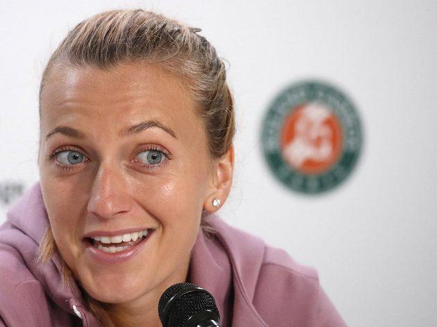 Česká tenistka Petra Kvitová se kvůli zranění levého předloktí nepředstaví na Roland Garros. Vše okomentovala na tiskové konferenci.