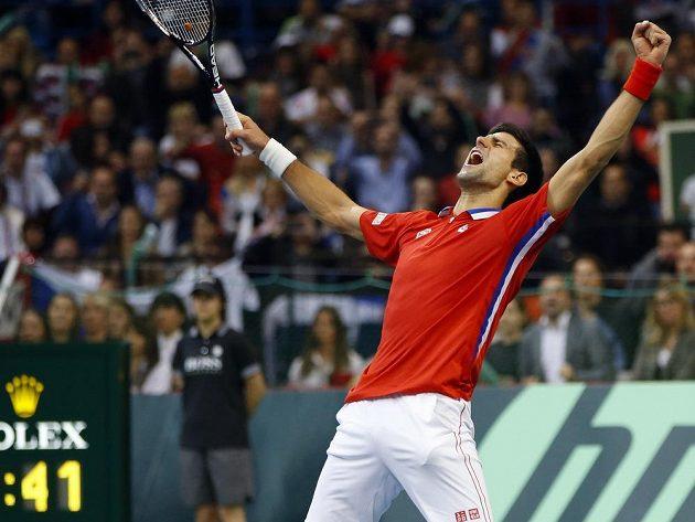 Novak Djokovič vyhrál ve finále Davis Cupu oba singly, ani to však Srbům k triumfu nestačilo.