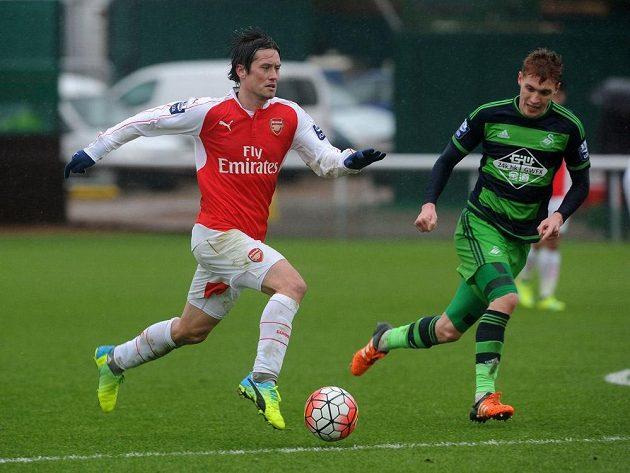 Tomáš Rosický proti juniorce Swansea hned nabral správné tempo...