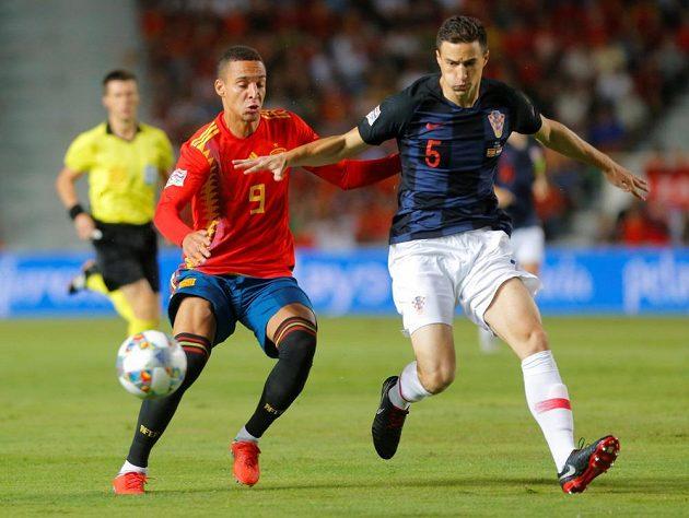 Španělští fotbalisté jasně vládli
