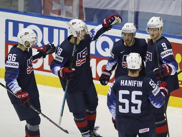 Hokejisté Spojených států srazili Finsko po prodloužení