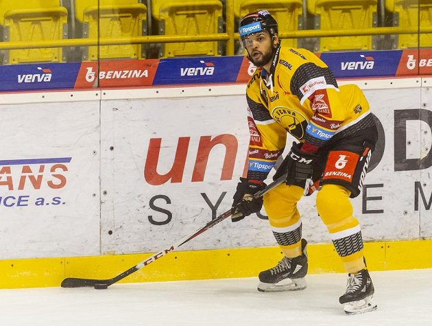 Litvínovský hokejista Akim Aliu.