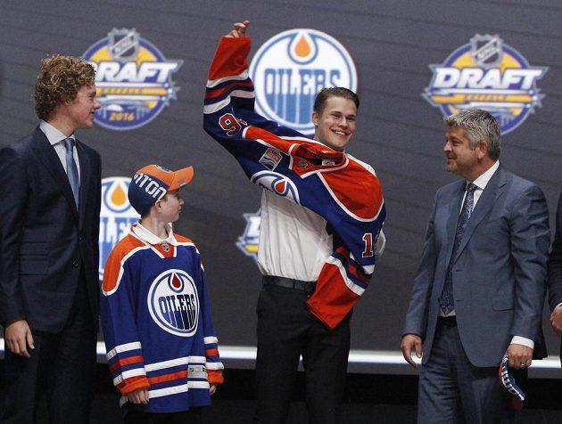 Finského útočníka Jesseho Puljujärviho si vybral Edmonton.
