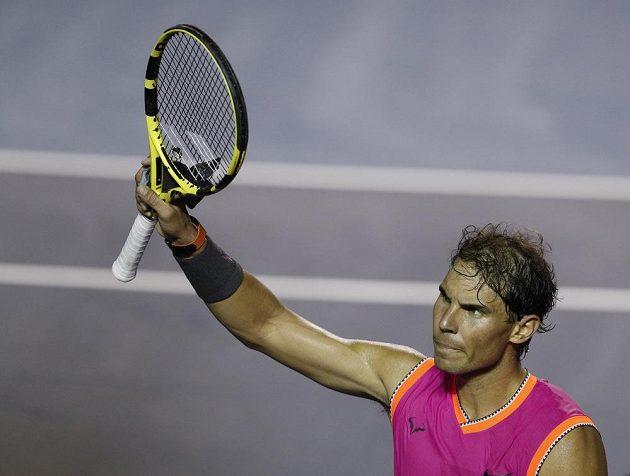 Druhý tenista světového žebříčku Rafael Nadal se po měsíční přestávce vrátil na kurty. Vyhrál nad Němcem Mischou Zverevem.