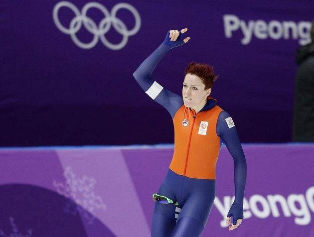 Nizozemka Jorien ter Morsová ovládla závod na 1000 metrů.