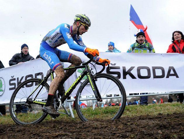 Český cyklokrosař Michael Boroš během závodu elite na MS v Táboře.