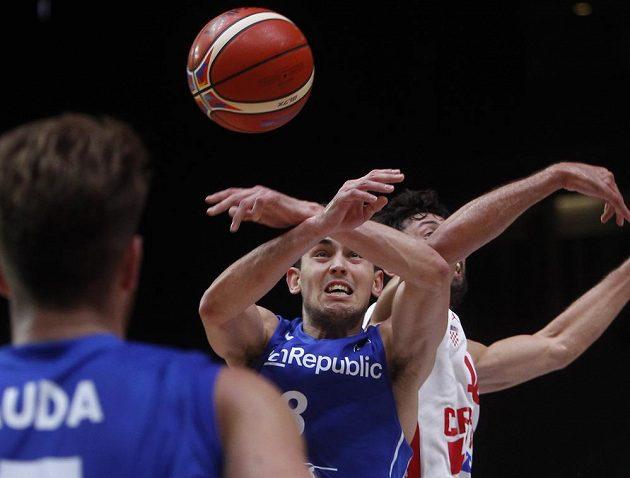 Tomáš Satoranský v osmifinále ME proti Chorvatům.