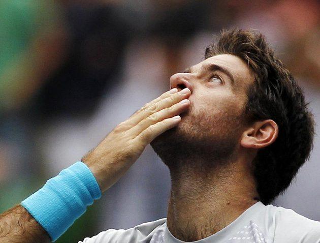 Argentinský tenista Del Potro si užívá svého tokijského triumfu.