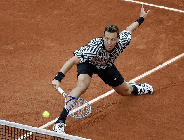 Tomáš Berdych během osmifinále French Open.