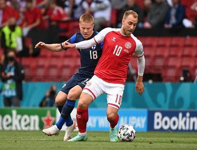 Christian Eriksen v zápase proti Finsku
