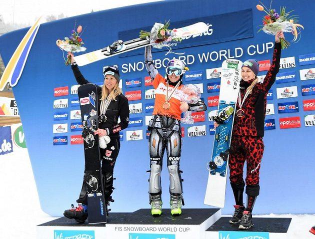Ester Ledecká na stupních vítězů