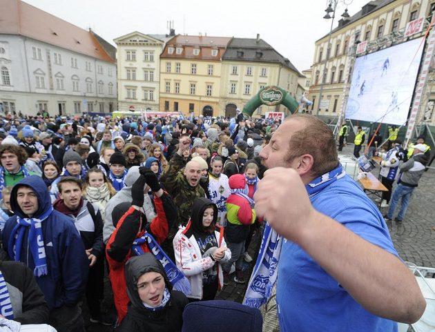 Fanoušci Komety na Zelném trhu v Brně.