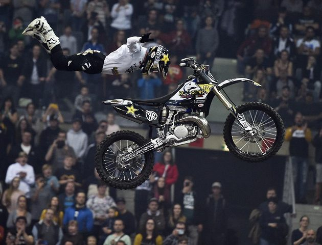 Nejlepší z Čechů na exhibici ve freestyle motokrosu FMX Gladiator Games - Filip Podmol.