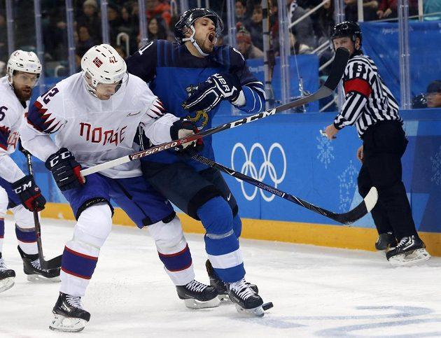 Hokejisté Finska vyhráli na olympijském turnaji nad Norskem 5:1.