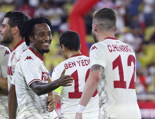 Fotbalisté Monaka se radují z branky proti Spartě