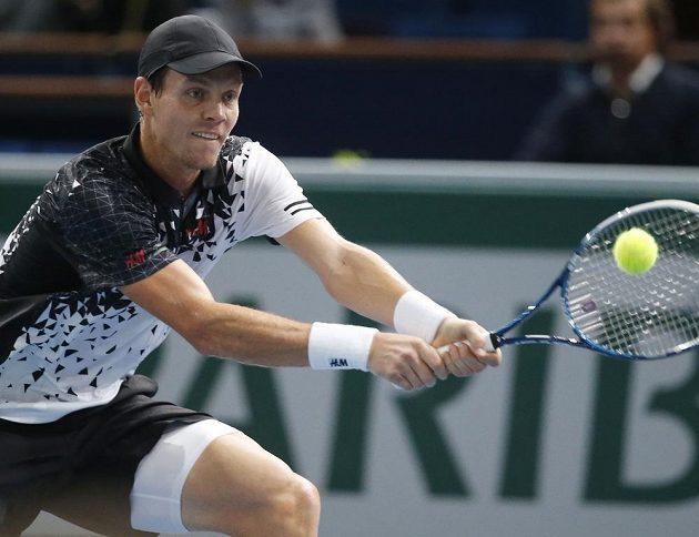 Tomáši Berdychovi stačí v Paříži jediná výhra k postupu na Turnaj mistrů.