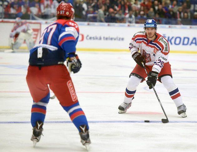Obránce české hokejové reprezentace Jan Kolář v zápase s Ruskem v Ostravě.