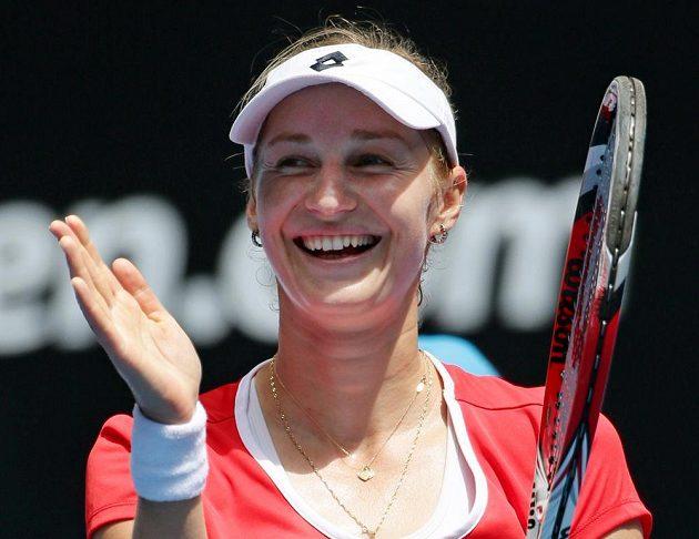 Jekatěrina Makarovová z Ruska po výhře nad Karolínou Plíškovou.
