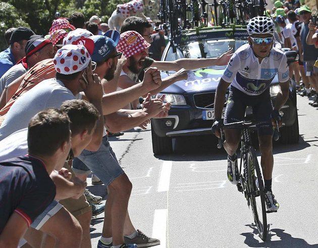 Nairo Quintana ze stáje Movistar vedoucího muže Tour Chrise Froomea v poslední horské etapě prohnal, o žlutý trikot ho ale nepřipravil.