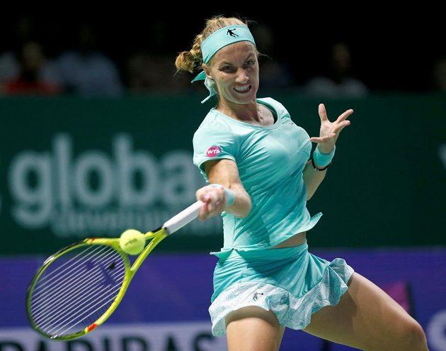 Ruská tenistka Světlana Kuzněcovová v zápase Turnaje mistryň s Karolínou Plíškovou.
