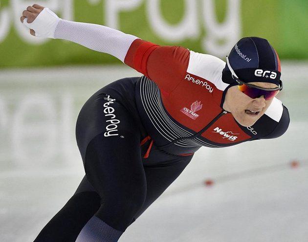 Karolína Erbanová na rychlobruslařském mistrovství Evropy ve vícebojích.