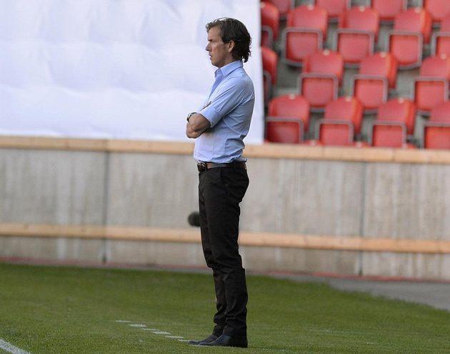 Trenér Slavie Alex Pastoor naposledy v Edenu. Jeho tým ještě nemá vyhráno.