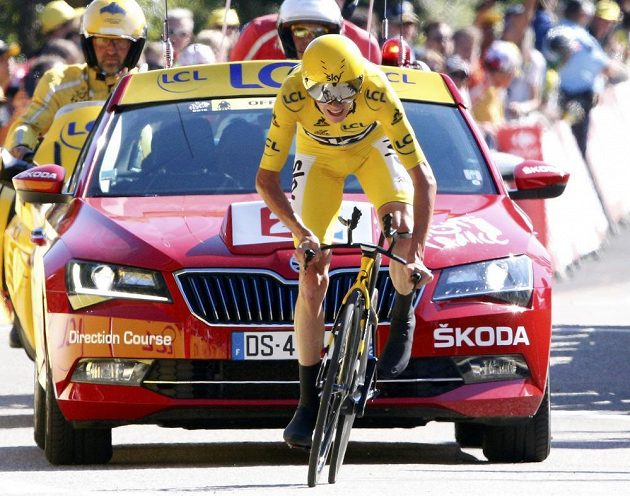 Brit Chris Froome při časovce na Tour de France.