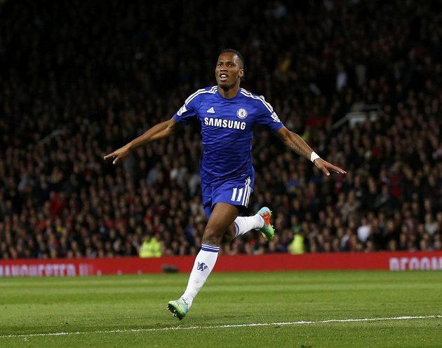 Útočník Chelsea Didier Drogba slavil proti Manchesteru United svou první ligovou trefu v nové sezóně.