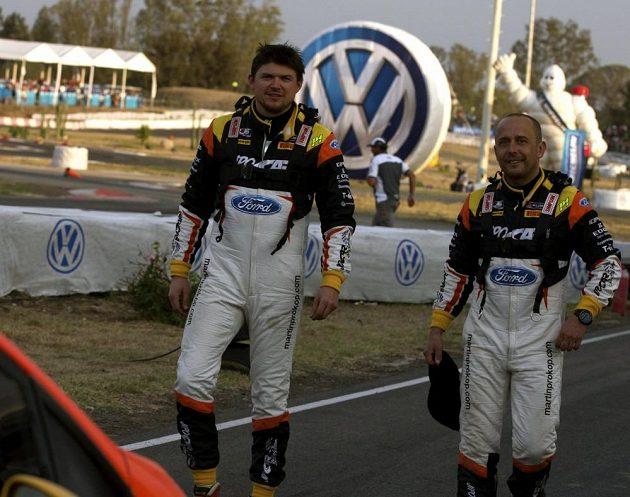 Martin Prokop (vlevo) a Jan Tománek z Czech Jipocar týmu během Mexické rallye.