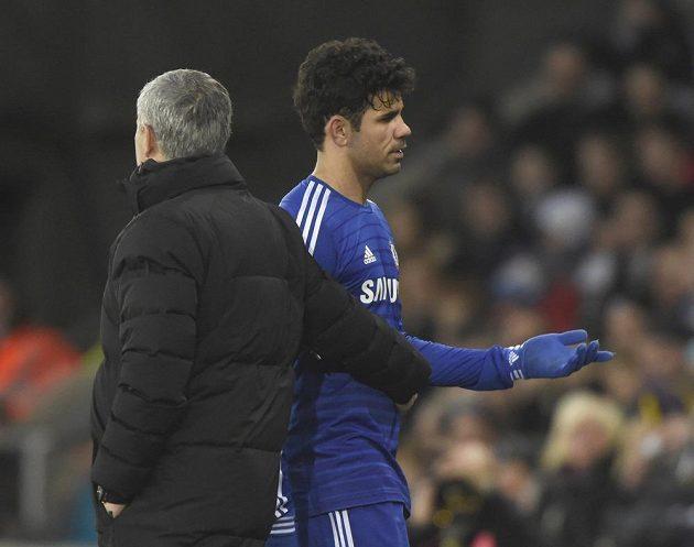 Diego Costa své střídání na hřišti Swansea příliš nechápal.