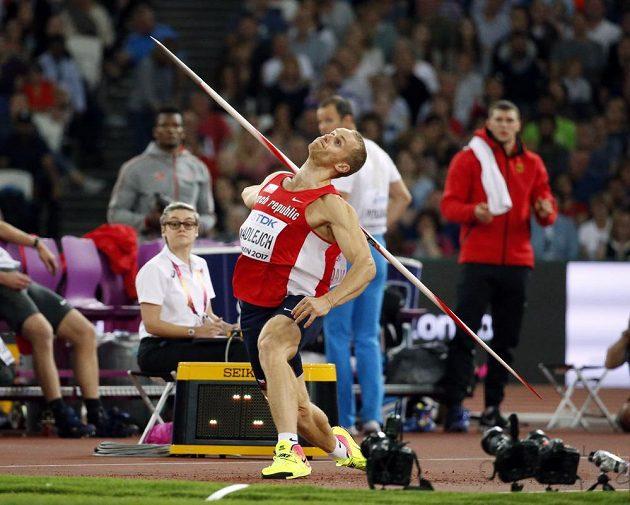 Český oštěpař Jakub Vadlejch ve finále MS v Londýně.