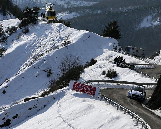 Ott Tänak s Fordem Fiesta při rychlostní zkoušce Rallye Monte Carlo.
