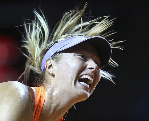 Ruská tenistka Maria Šarapovová se vrátila do hry po odpykání trestu za doping. Ve Stuttgartu nastoupila proti Italce Vinciové.