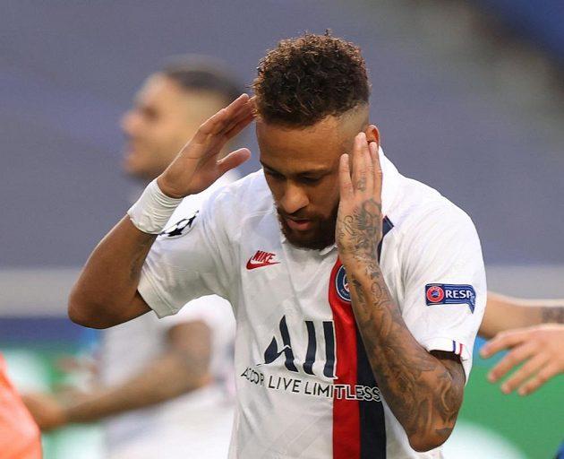 Hvězda PSG Neymar ve čtvrtfinále Ligy mistrů.