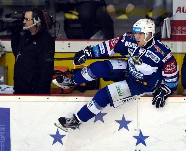 Střelec úvodního gólu zápasu v Litvínově - Marek Kvapil z Brna.