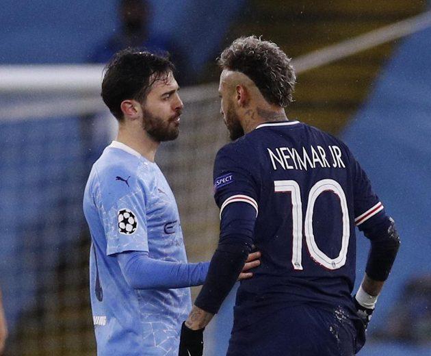 Copak si asi vyprávěli Bernardo Silva z Manchesteru City s hvězdou PSG Neymarem?