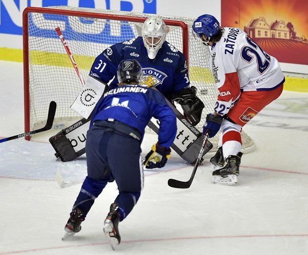Martin Zaťovič otevírá skóre utkání proti Finsku.